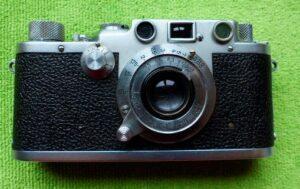 LEICA IIIF Fabricada en 1950 en Alemania Velocidad des hasta 1/1000 de seg. y lentas Telémetro Sincronización de flashÔ Óptica cambiable